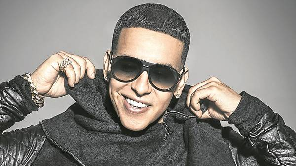 Donald-Trump-unificado-Daddy-Yankee_CLAIMA20150925_0320_28